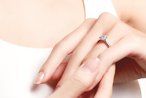 南京现在钻石回收多少钱,老凤祥钻石哪里回收?
