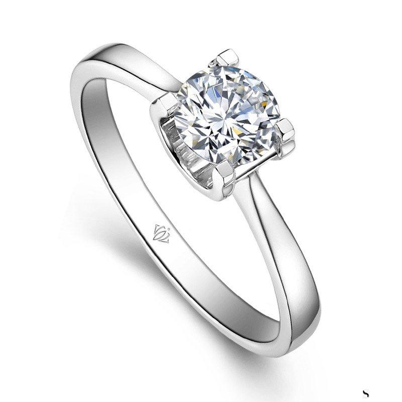 南京一枚50分的钻石戒指回收