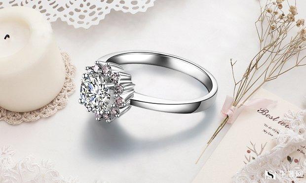 南京宝格丽戒指一般几折回收?